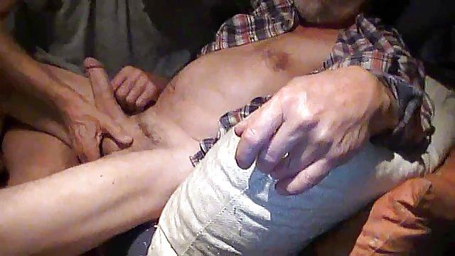 فیلمبرداری روی سکس حشر دوربین فاحشه بالغی را لعنت کرد