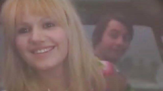 هاردکور عاشق یک سوراخ حشری زن تراشیده جوان است