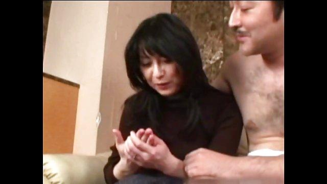دختر پدر را از بالا لعنتی کرد و سکس فارسی حشری به مادر بند آمد