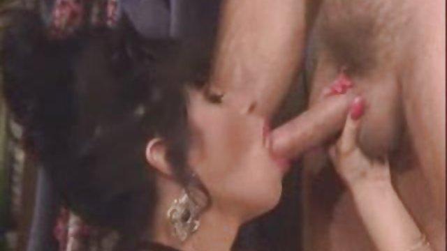 بلوند داستان های حشری سکسی سیلویا تسلیم نرهای داغ شد