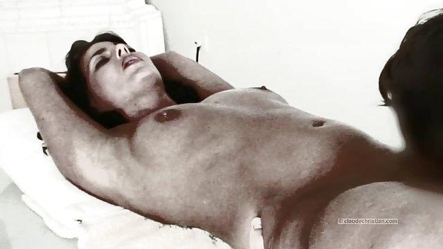 Selfie Pussies ادامه داد: Orgy با یک سکس حشری وحشی دوست داشتنی