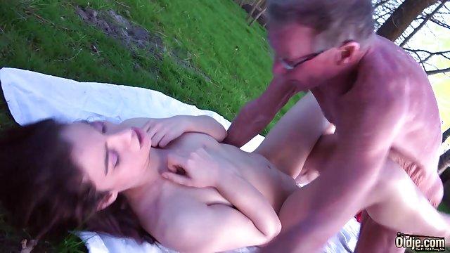 عیاشی سکس فوق حشری مجازی بلوند روی دوربین