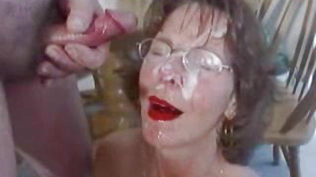 عمه مطیع اجازه داد که هر سکس عربی حشری دو سوراخ را پاره کند و اسپرم را در دهانش بگذارد