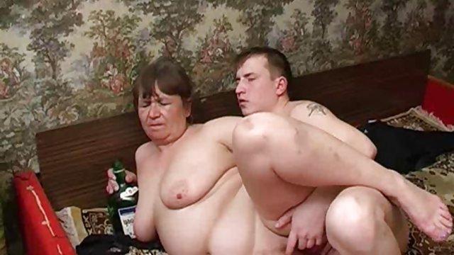 دو دوست دختر محروم با مکنده های نوک سینه ها بازی می دانلود فیلم دختر حشری کنند