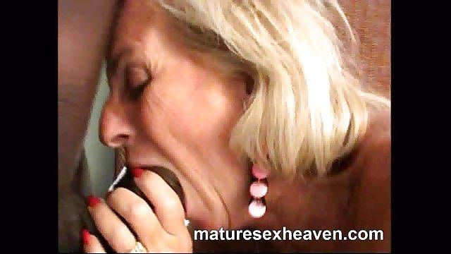پسر به یک سکس حشری زن دوست اجازه داد دوست دختر محبوب خود را لعنتی کند